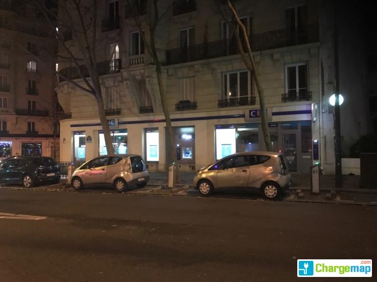 paris recharge 55 rue d 39 auteuil borne de charge paris. Black Bedroom Furniture Sets. Home Design Ideas