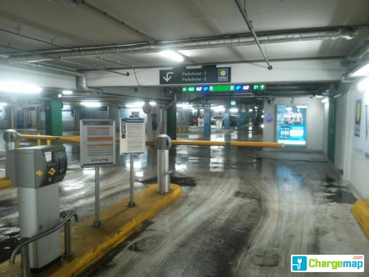 Donauzentrum Parkhaus P1 Charging Station In Wien