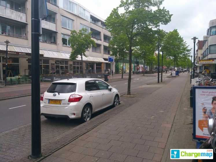 Parkeergarage 1e hogeweg charging station in zeist for Garage mobile rennes