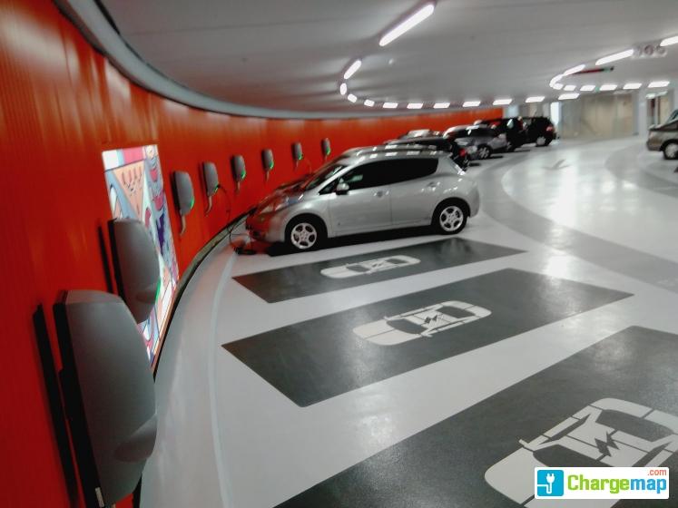 Parkeergarage Lammermarkt Oplaadstation In Leiden