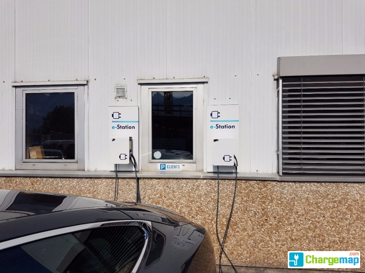 E station garage gachnang borne de charge aigle for Garage mobile rennes