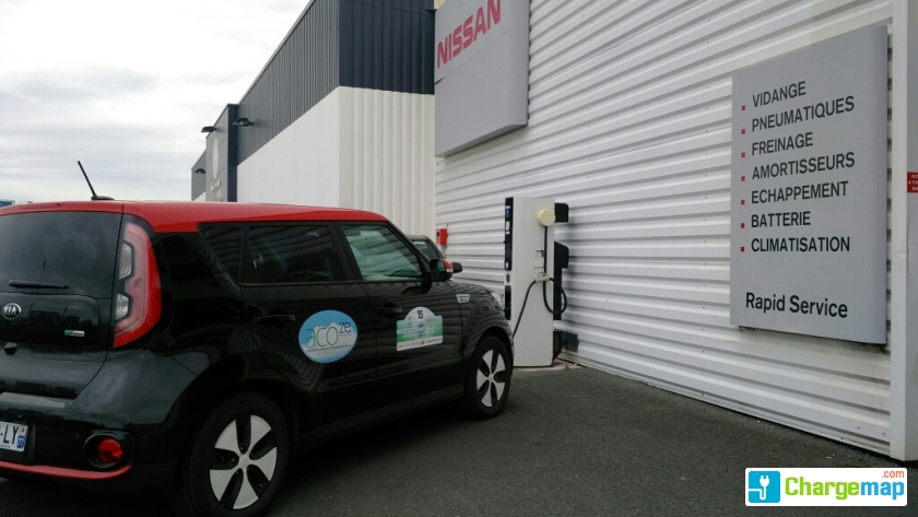nissan angoulins quick charging station in angoulins