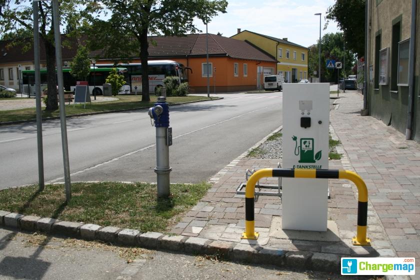 Gemeindeamt - Unterwaltersdorf: charging station in