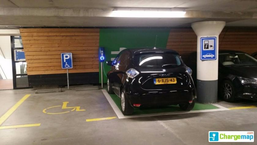Parkeergarage De Gooische Brink Oplaadstation In Hilversum