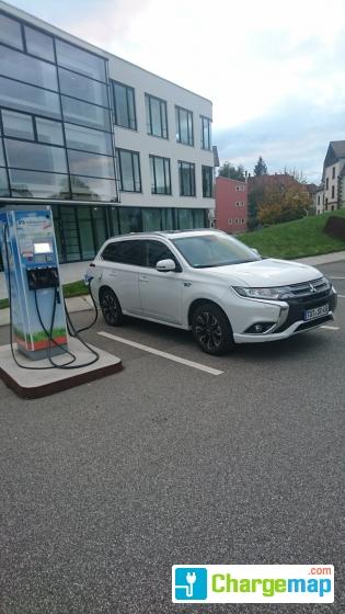 Schneller Strom Tanken Volksbank Schwarzwald Baar Hegau