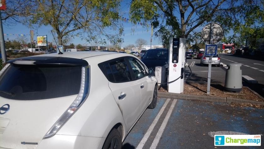 Castorama niort quick charging station in niort for Castorama niort