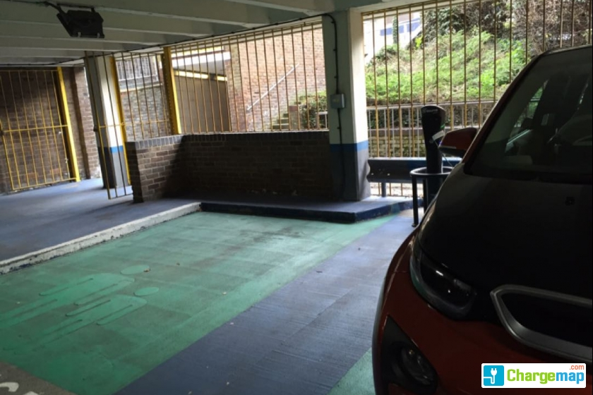 Harlequin Shopping Centre Watford Car Park
