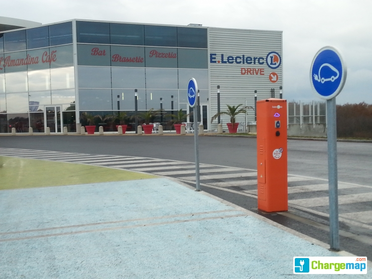 Leclerc jardres charging station in jardres - Recharge leclerc mobile ...