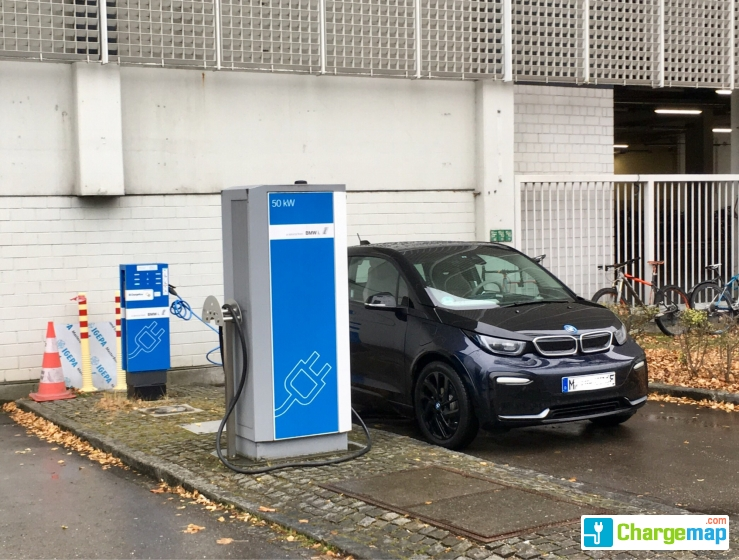 Chargenow Ladestation Bmw Ag Fiz Quick Charging Station In München