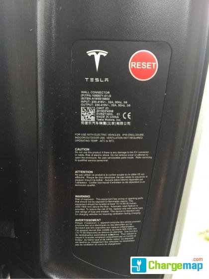 Delinat Tesla Destination Charger - Sankt Gallen : charging