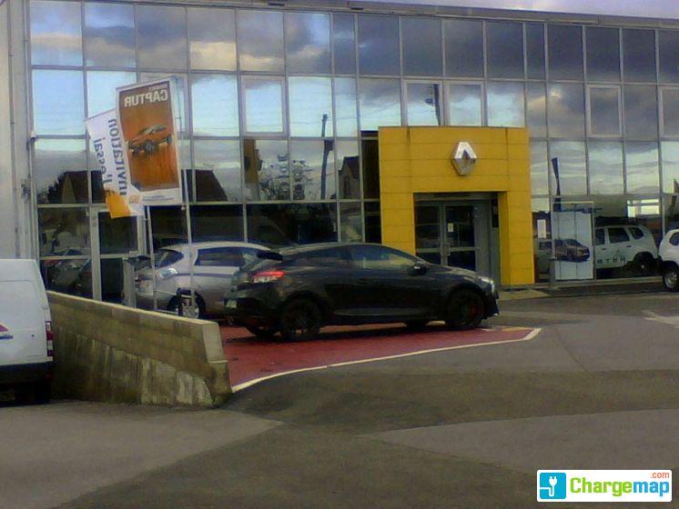 Renault cr py en valois borne de charge crepy en valois for Garage crepy en valois