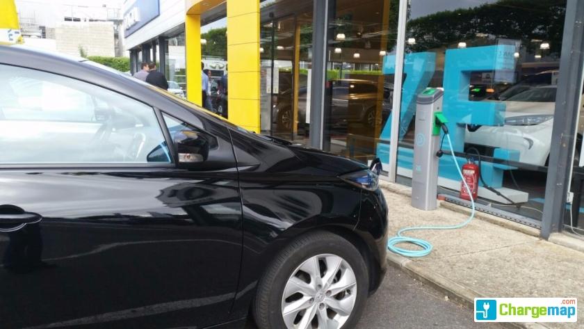 Renault les ulis charging station in les ulis for Garage renault dommartin les toul