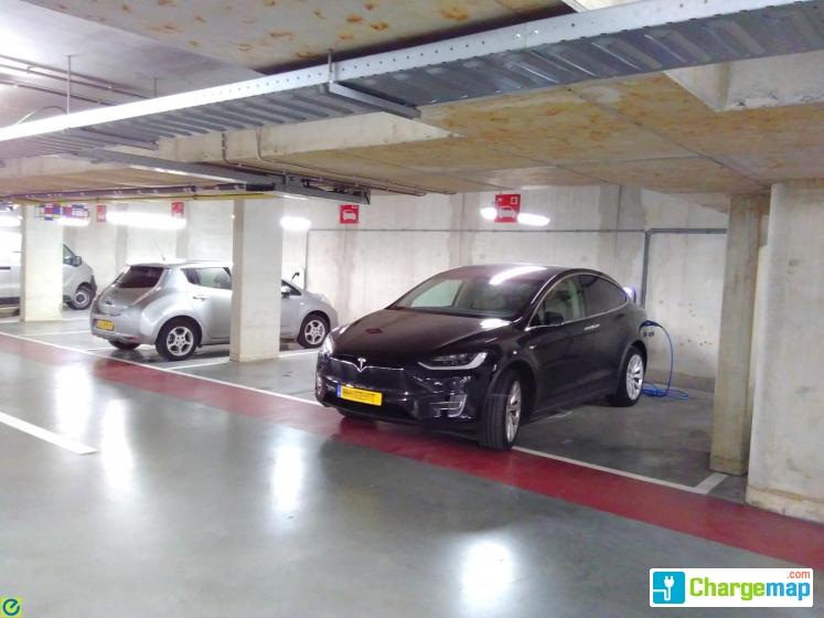 Centrum Garage Amersfoort : Q park parking centrum mondriaan charging station in amersfoort