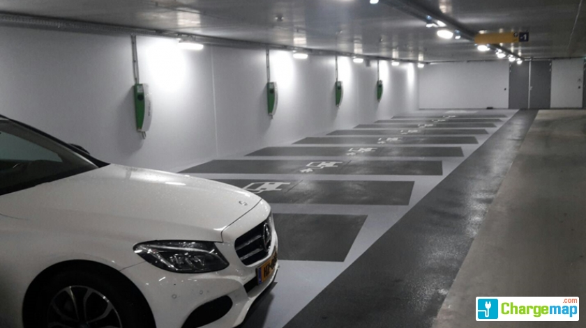 Parkeergarage westluidense poort rechtbankstraat 2 tiel for Ad garage rennes