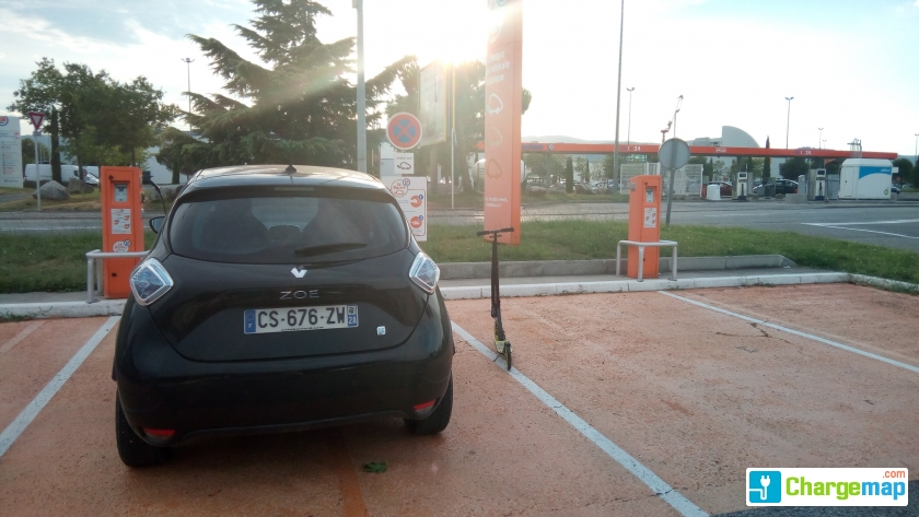 centre auto leclerc bourg l s valence charging station in bourg l s valence. Black Bedroom Furniture Sets. Home Design Ideas