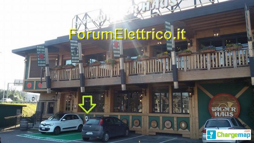 Wiener Haus Charging Station In Como