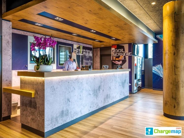 Gen 232 Ve Hotel Ibis Budget Cointrin Borne De Charge 224 Vernier