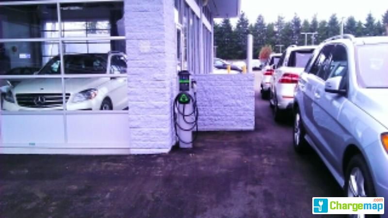 Mercedes benz richmond borne de charge richmond for Mercedes benz richmond