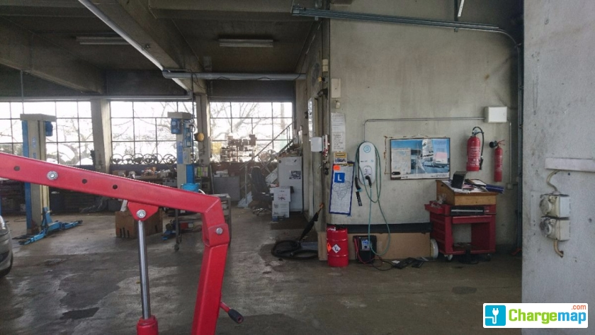 Garage du carrefour borne de charge forel lavaux for Garage mobile rennes