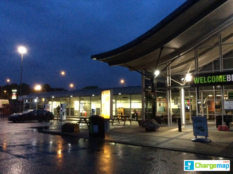 M6 charnock richard service station