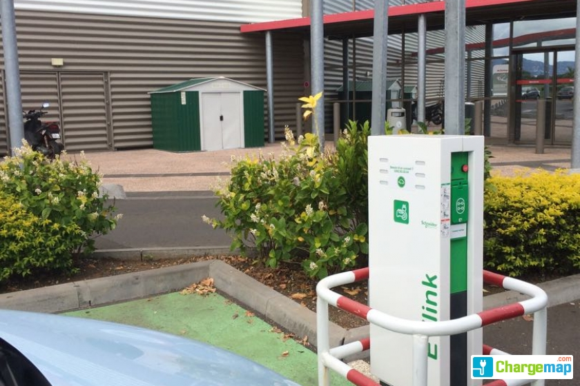 Mr bricolage saint pierre charging station in saint pierre - Mr bricolage st jouan ...