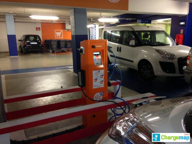 Parking sous terrain leclerc cannes borne de charge - Recharge leclerc mobile ...