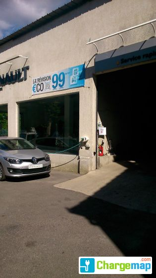 Garage laugier agent renault borne de charge la tour for Garage de france agent renault sainte consorce