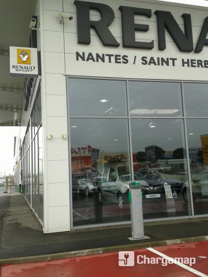 renault nantes ladestation in saint herblain. Black Bedroom Furniture Sets. Home Design Ideas