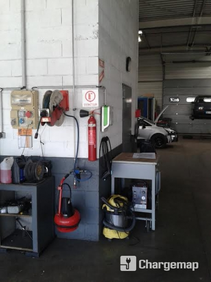 Garage renault tancray charging station in lutterbach for Garage mobile rennes