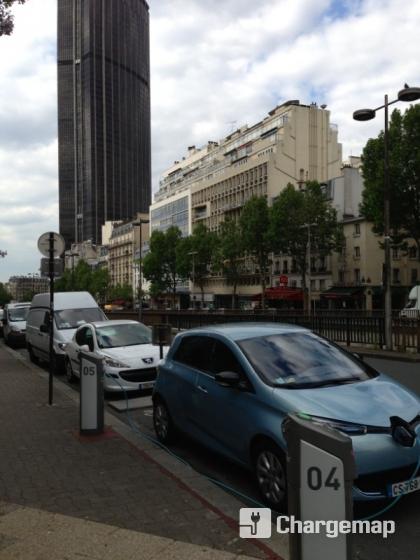Autolib 39 78 avenue du maine paris borne de charge paris for Garage avenue du maine
