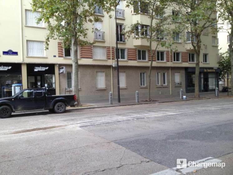 Autolib 39 8 avenue de la porte de montrouge paris for Porte montrouge