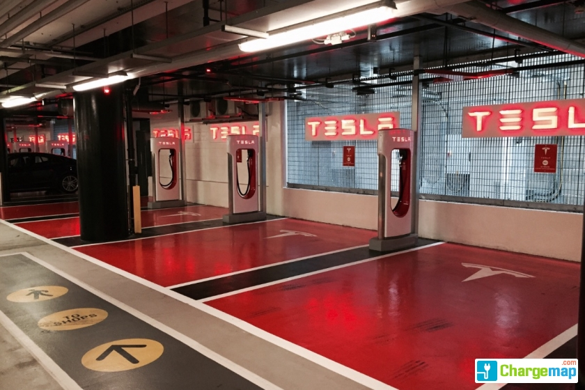 Tesla Supercharger Westfield London Quick Charging