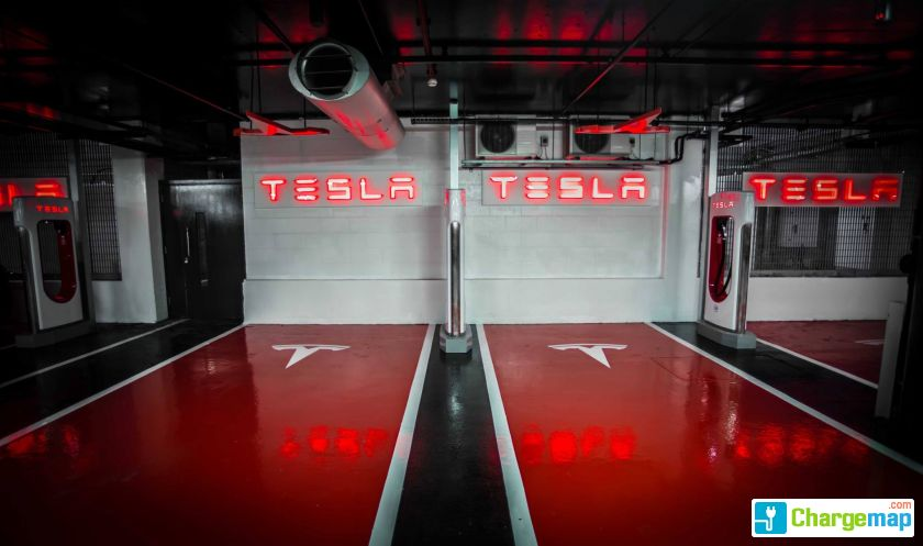 Tesla Supercharger - Westfield London : charging station in