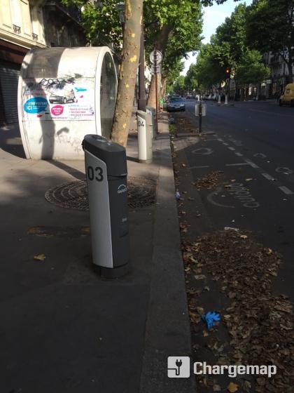 Autolib 39 106 boulevard voltaire paris borne de charge for Garage oberkampf parking