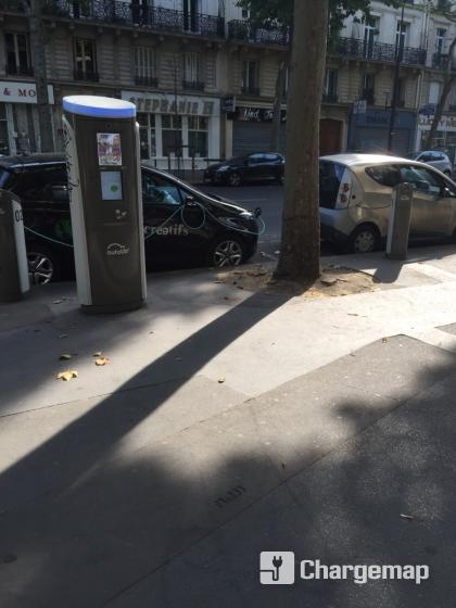 Autolib 39 106 boulevard voltaire paris estaci n de for Garage oberkampf parking
