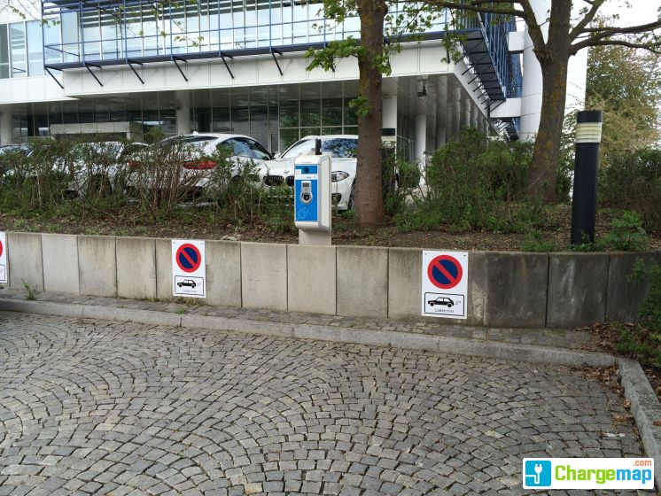Chargenow Ladestation Bmw Werk Dingolfing Tor 3 Charging