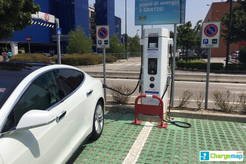 Ikea padova quick charging station in padova - Ikea padova tappeti ...