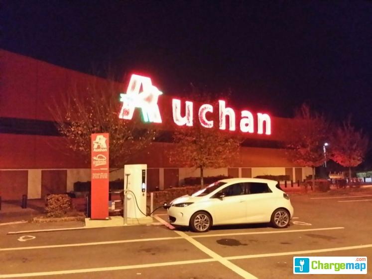 Auchan melun senart borne de charge rapide cesson - Centre commercial cesson ...
