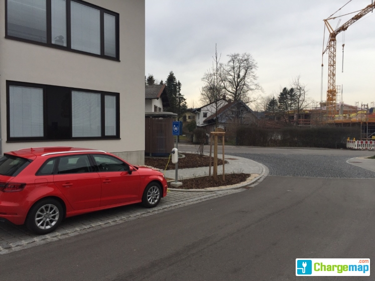 the new motion ladestation rathausbernau am chiemsee. Black Bedroom Furniture Sets. Home Design Ideas