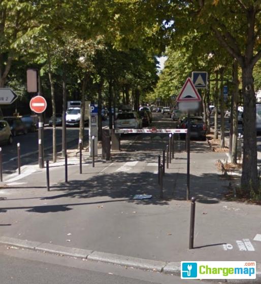 parking r sidentiel henri martin 2 charging station in paris. Black Bedroom Furniture Sets. Home Design Ideas