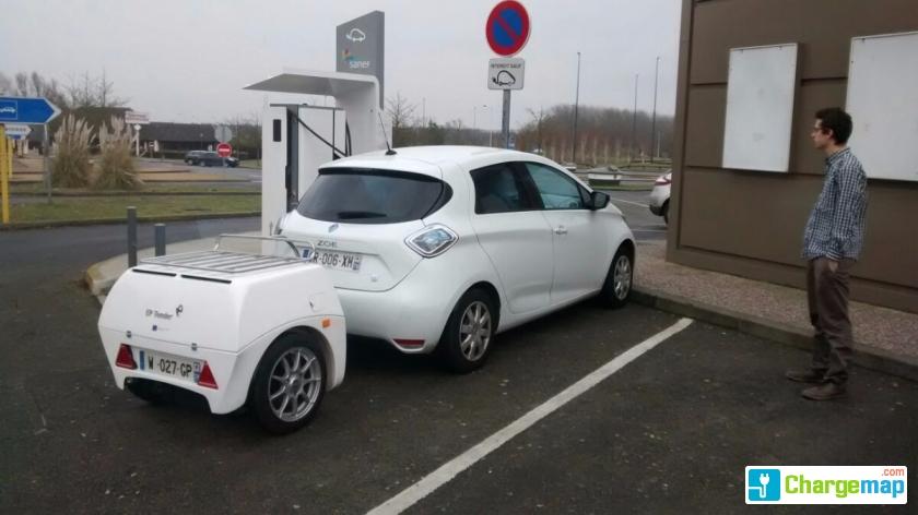 Corri Door Total Aire De Ressons Est Quick Charging Station In