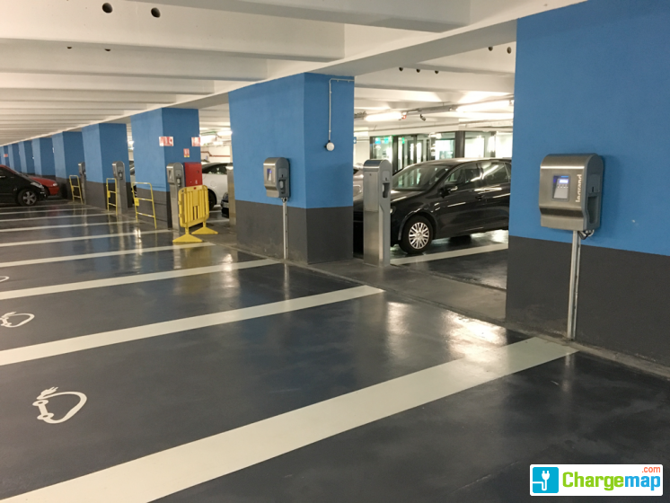 Parking port lympia charging station in nice - Parking port nice ...