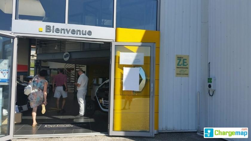 Renault performance auto voiron borne de charge voiron for Garage auto voiron