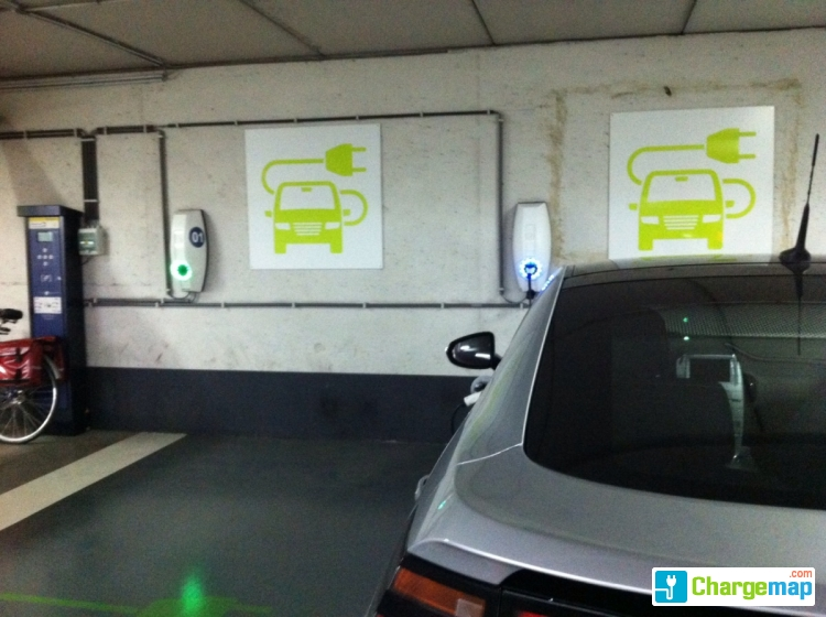 Parking Pandreitje Oplaadstation In Brugge