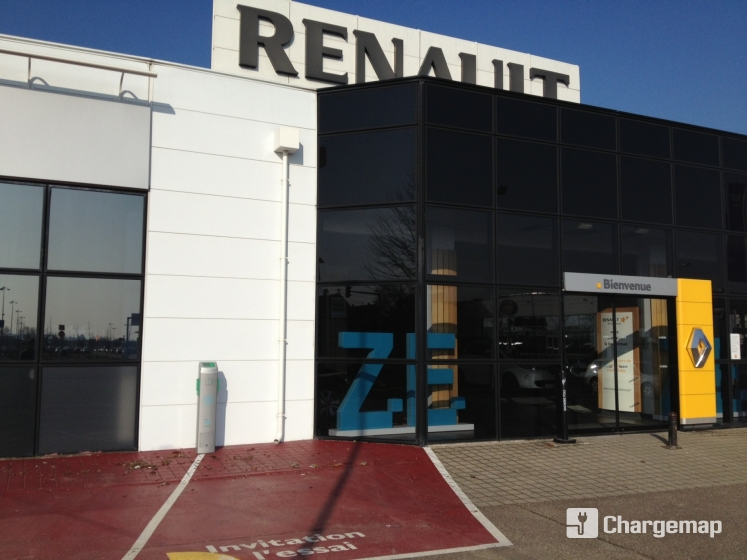 renault retail group strasbourg borne de charge. Black Bedroom Furniture Sets. Home Design Ideas