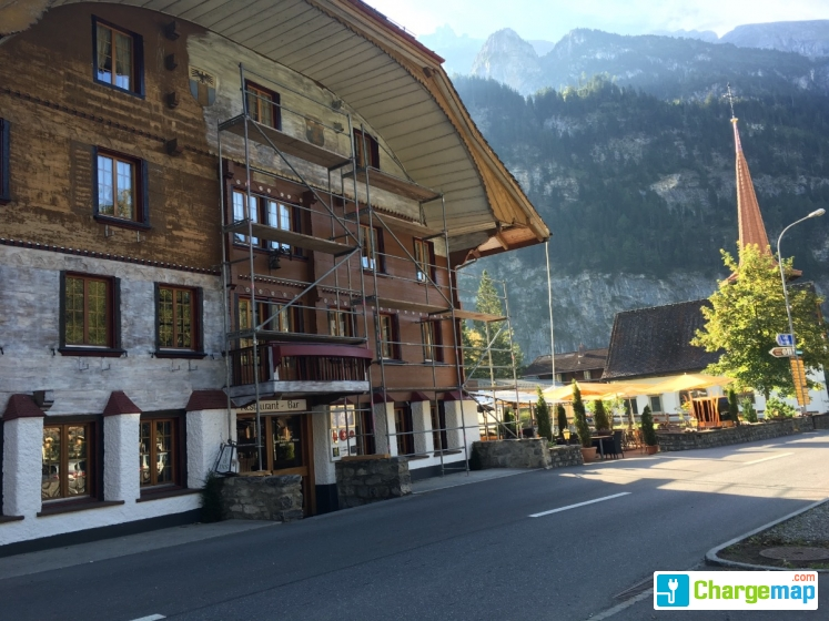 Belle epoque hotel victoria tesla borne de charge for Epoque hotel