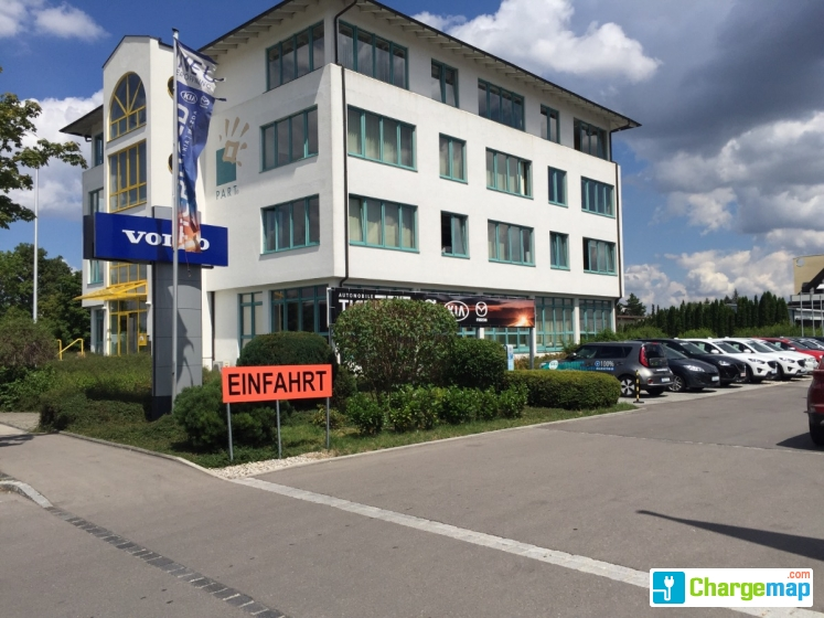 Autohaus Tierhold in Augsburg borne de charge à Augsburg