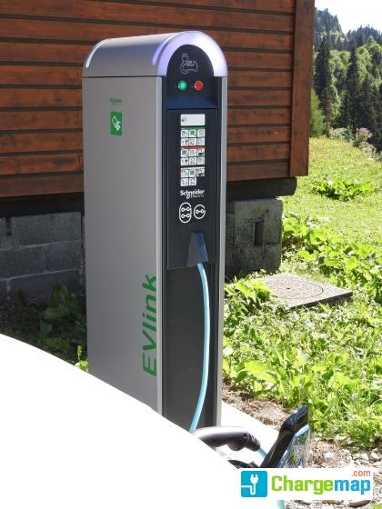 station essence chamrousse charging station in chamrousse. Black Bedroom Furniture Sets. Home Design Ideas