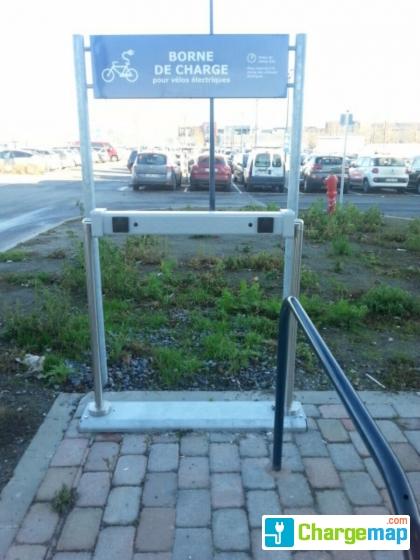 Parking ext rieur ikea borne de charge mons for Parking exterieur