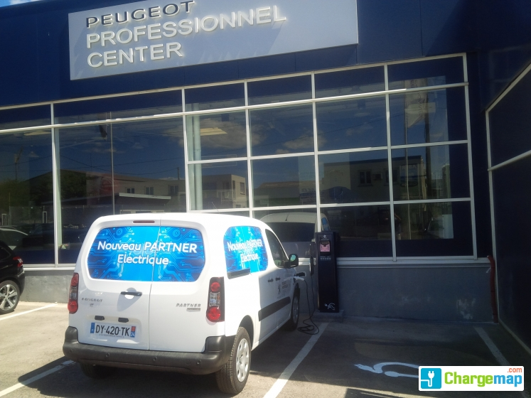 Peugeot rue de l 39 industrie montpellier oplaadstation for Garage renault montpellier rue de l industrie